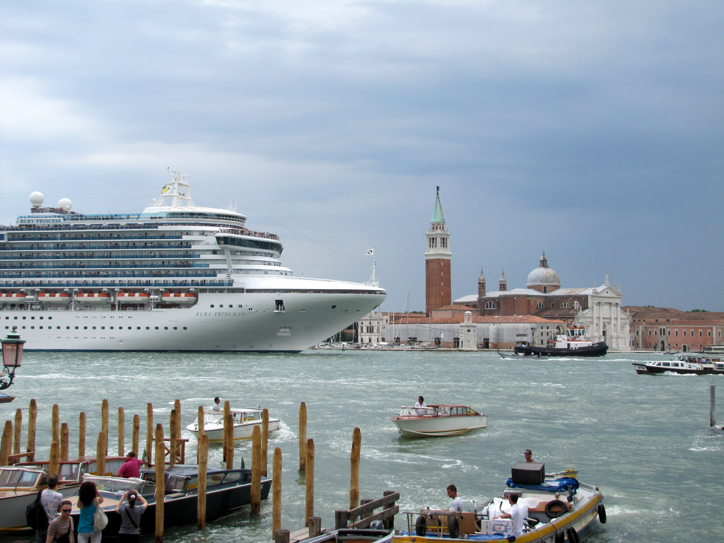 Large Cruise Ships Now Banned From Venice Lagoon