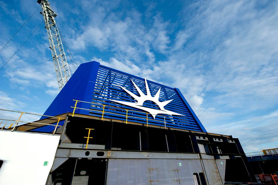 Photos Of New P&O Britannia Funnel At The Shipyard