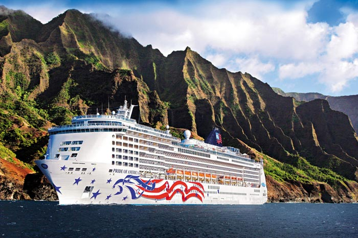 Pride of America in Hawaii