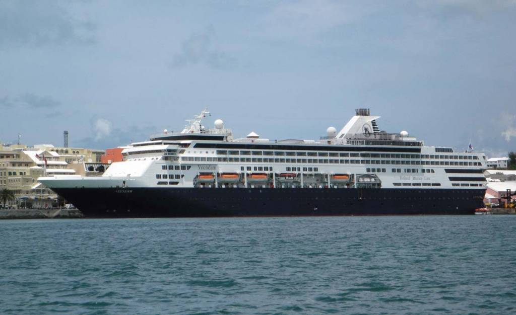 Veendam Cruise Ship