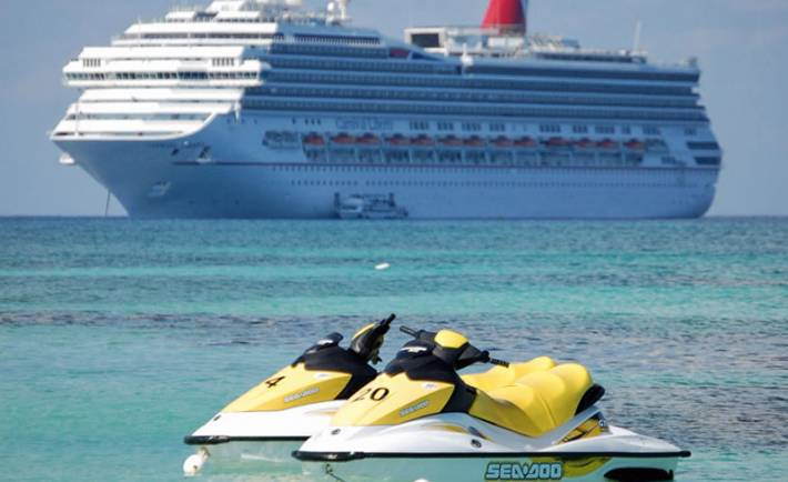 Grand Cayman Cruise Ship