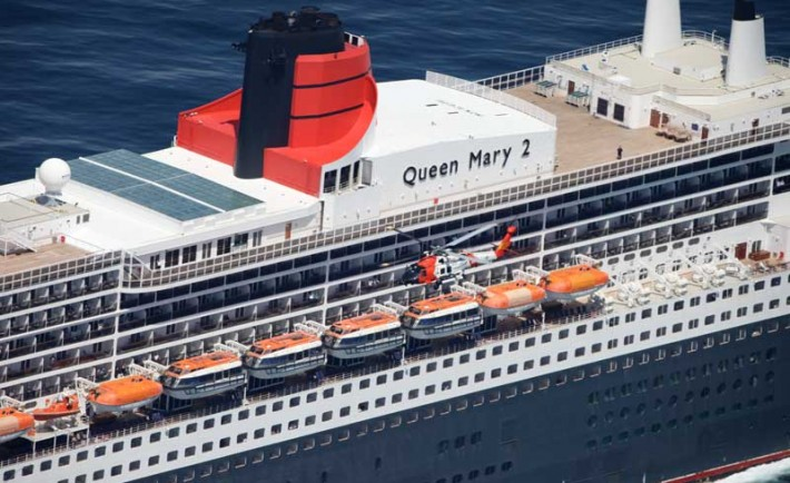 Queen Mary 2 Airlift