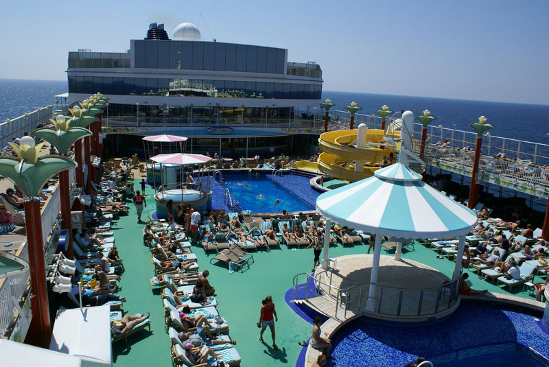 Norwegian Gem Deck