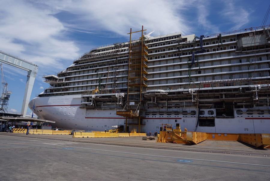 News sur la navale mondiale (les chantiers de constructions navales-dont chantiers STX stNaz) - Page 3 Build1