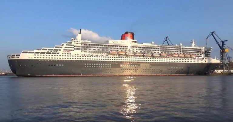 Stunning Views As Queen Mary 2 Heads Into Dock 17 Inch By Inch