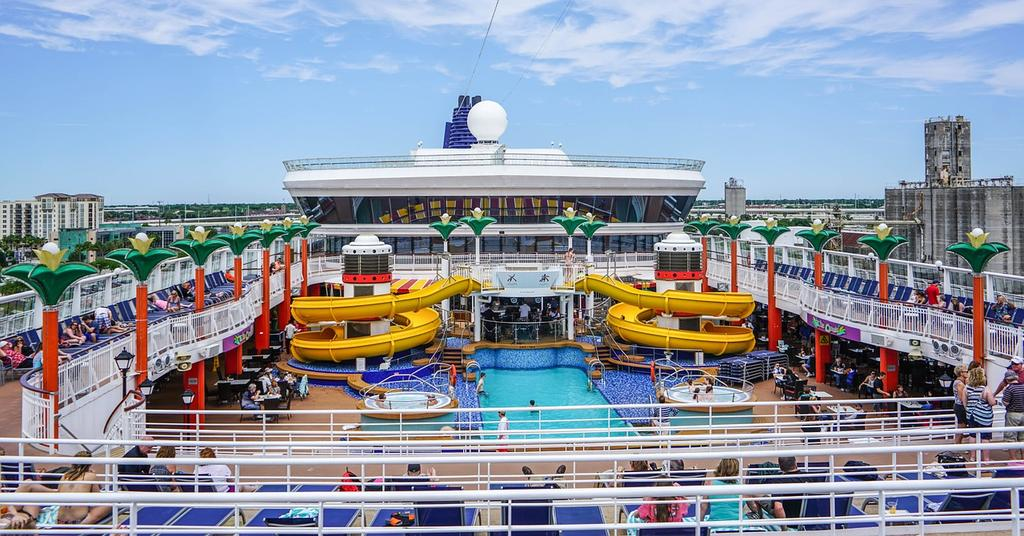 Essential Items For A Family Cruise - Family cruise ships