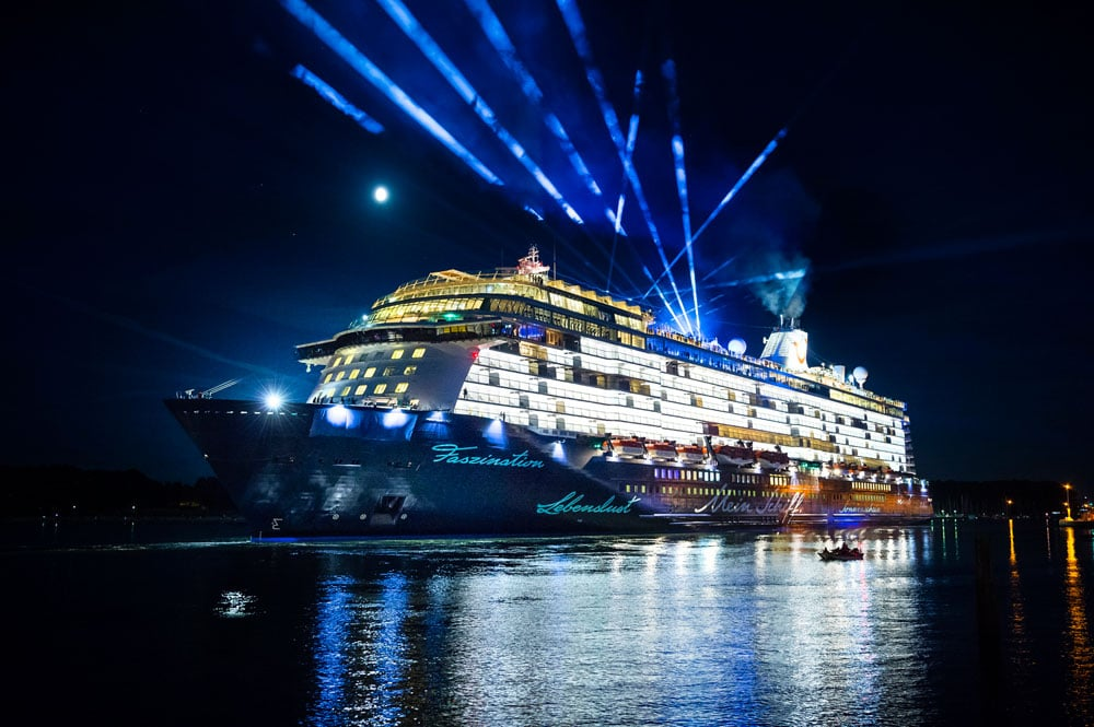 Tui Cruises Brand New Cruise Ship Is Christened