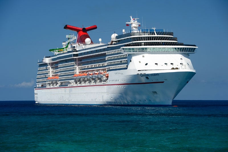 Family removed from cruise ship following violent brawl