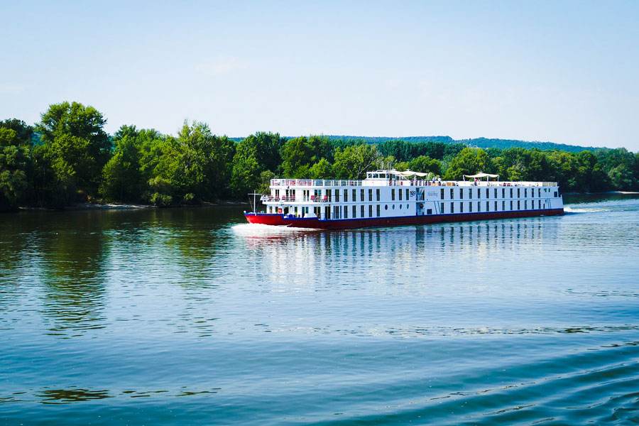 5 Reasons Why You Should Take A River Cruise