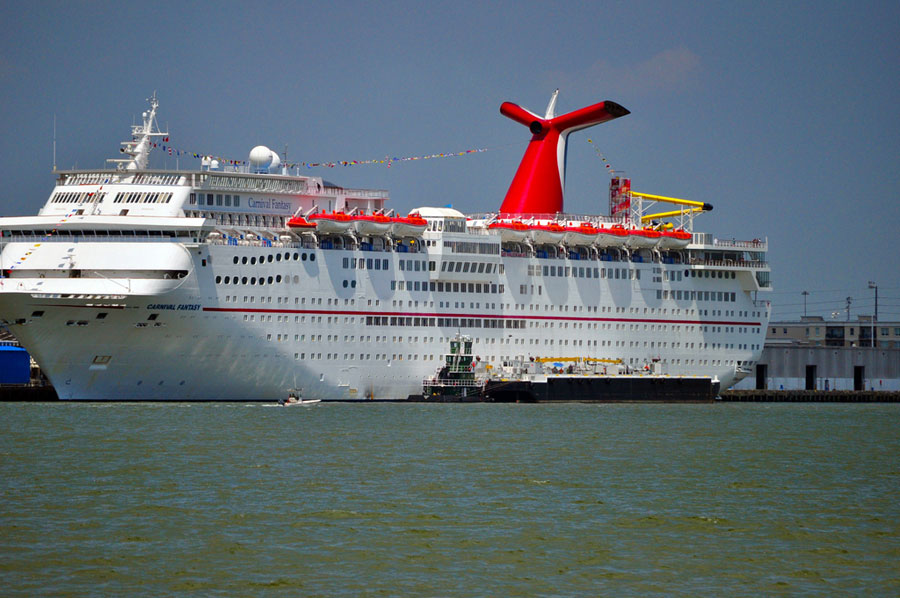 Carnival Fantasy Cruise Ship Experiencing Propulsion Issues - Fantasy cruise ship pictures