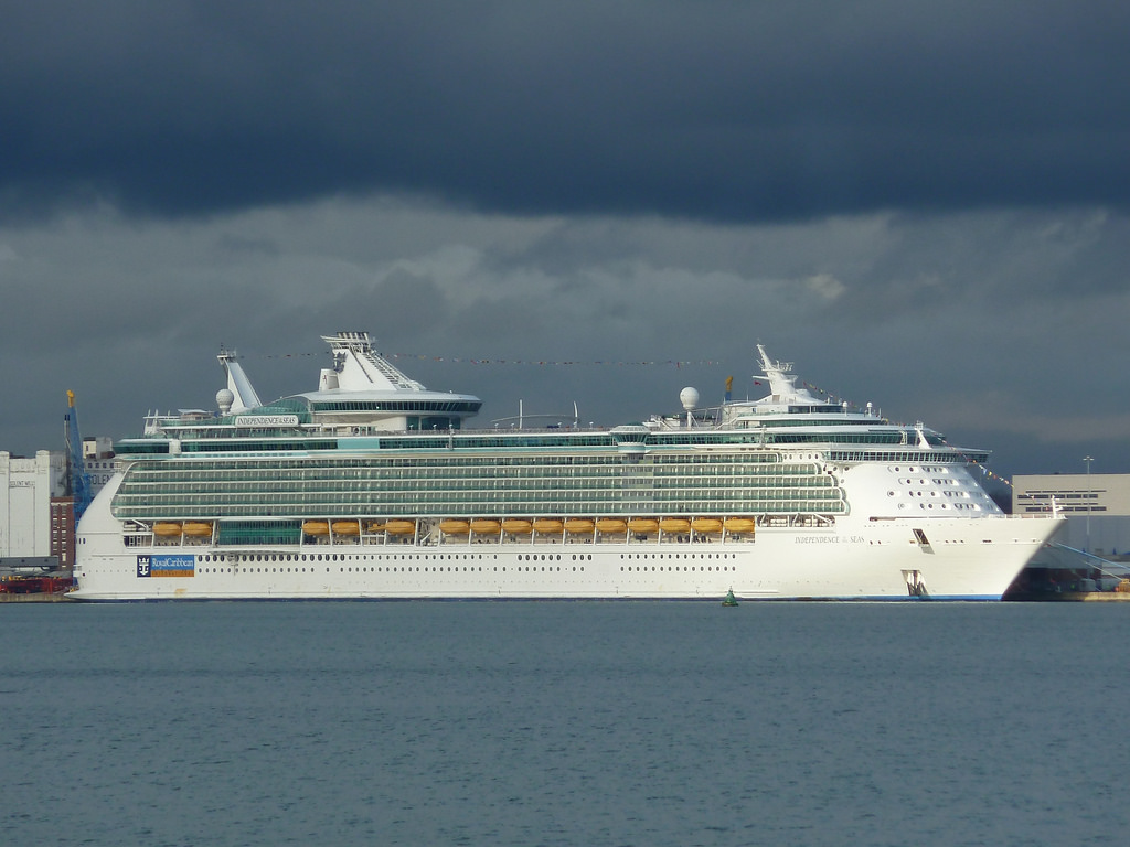 Passenger Overboard Independence Of The Seas Cruise Ship