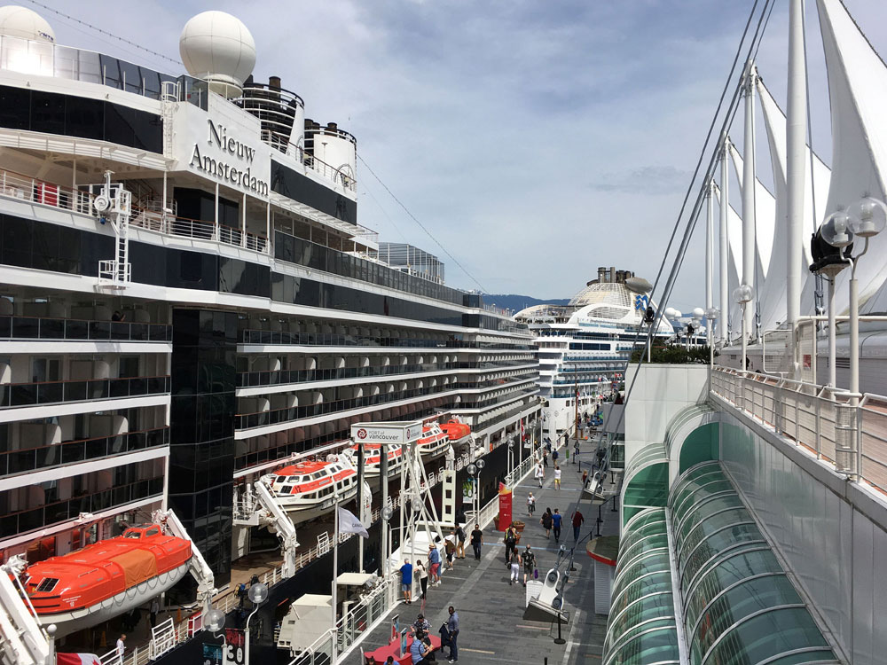 How To Find Your Way Around A Cruise Ship Fast - Find cruise