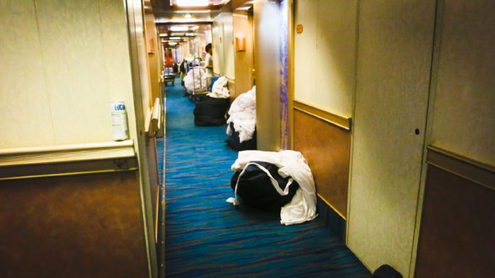 How To Help Out Your Stateroom Steward