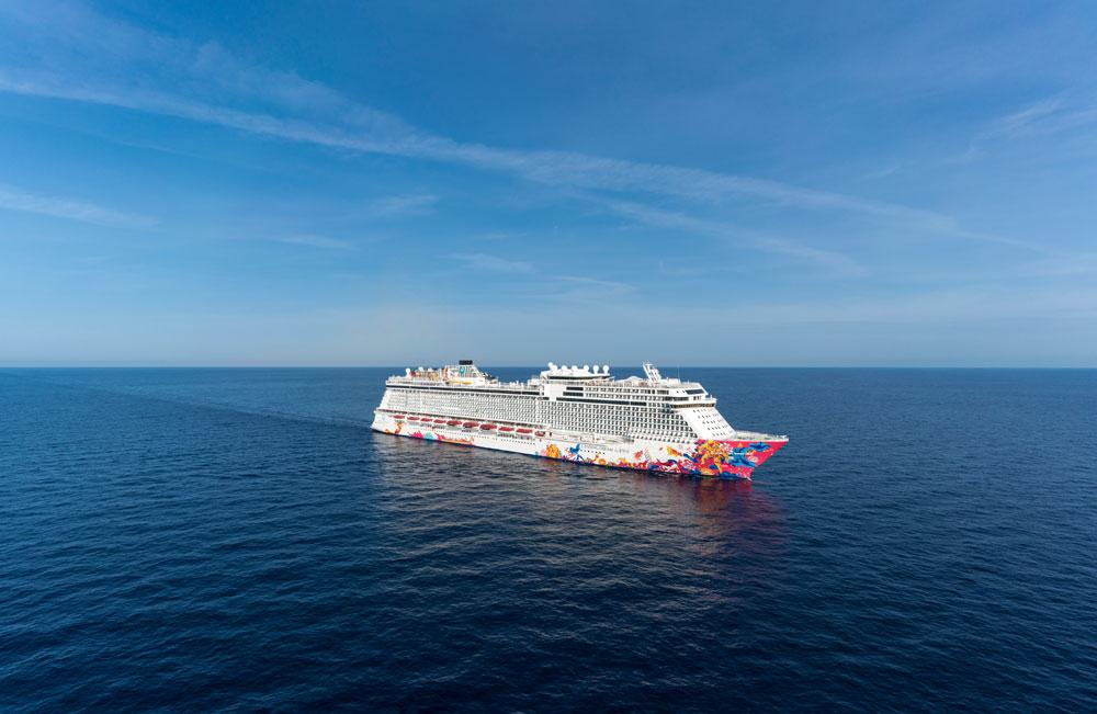 Dream cruises ( cie  Premium de Genting hk) - Page 2 Gentingdream3