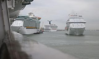 Disembarking a Cruise Ship
