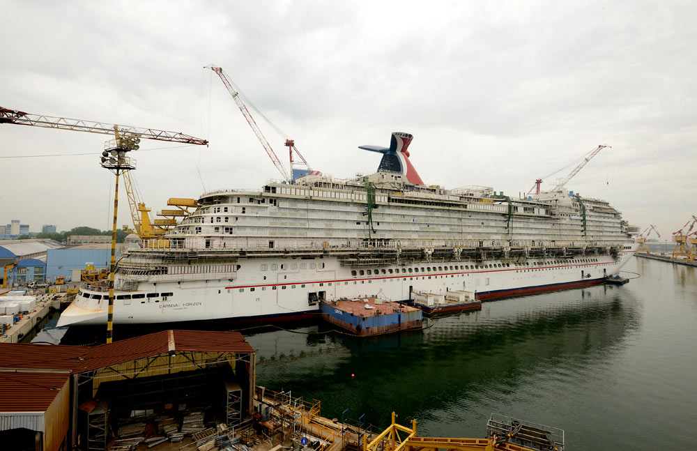 Carnival Horizon During Construction