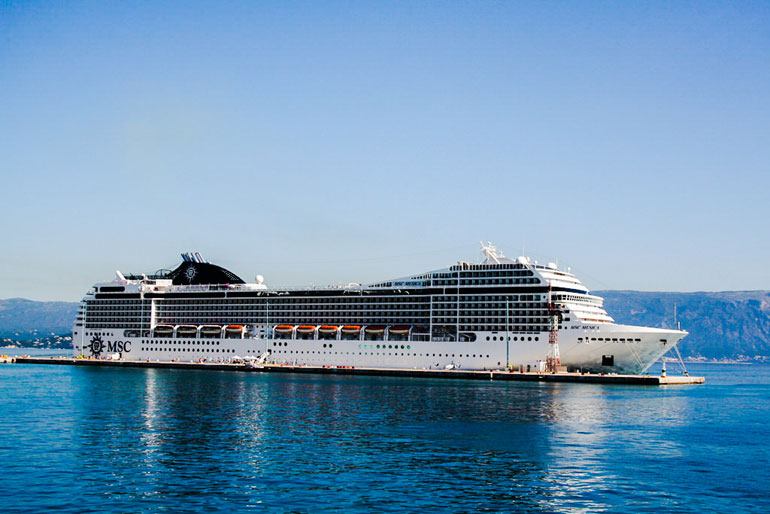 MSC Musica in Port
