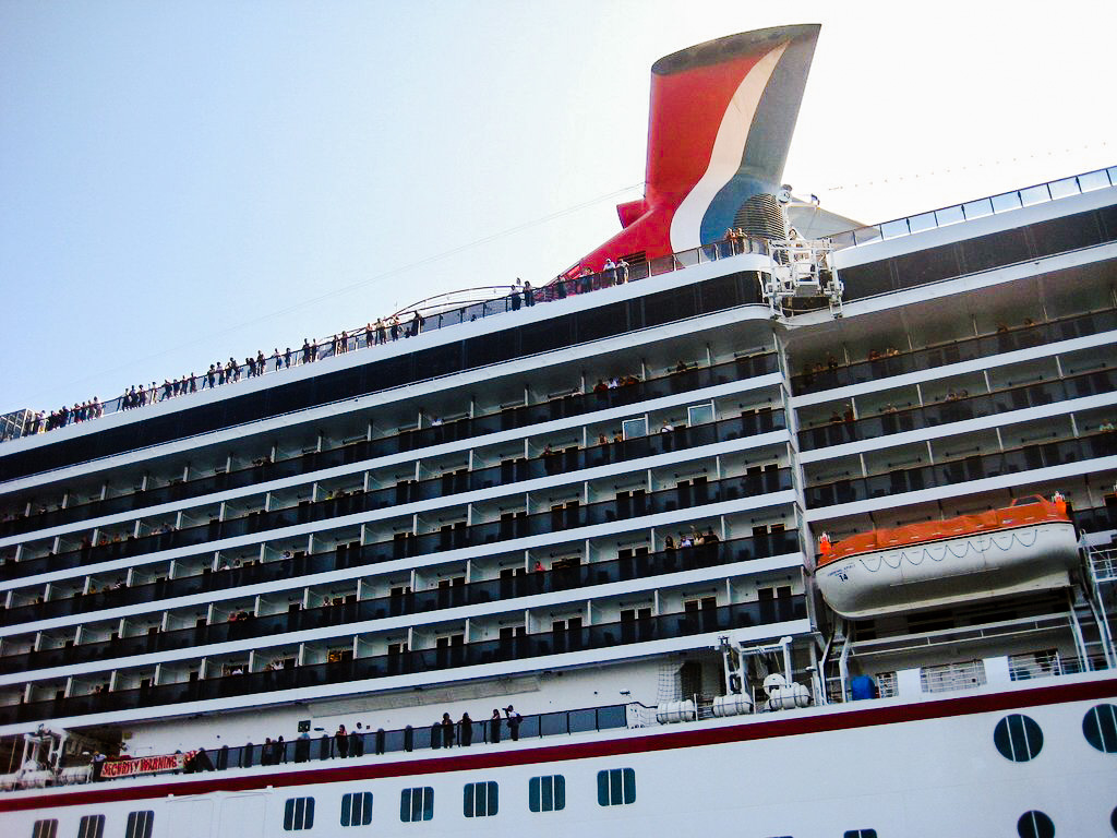 Carnival Spirit in Port