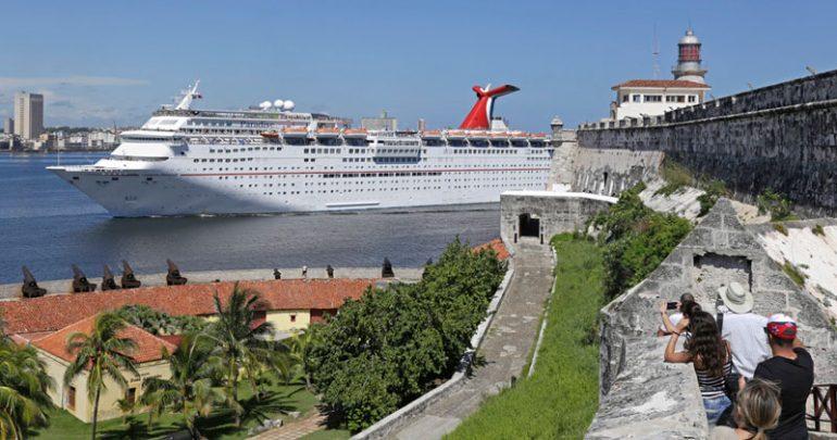 Carnival Paradise, Havana