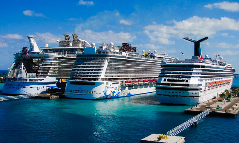 You Need to Avoid These 8 Things in a Cruise Port