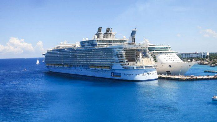 Royal Caribbean Cruise Ships in Cozumel