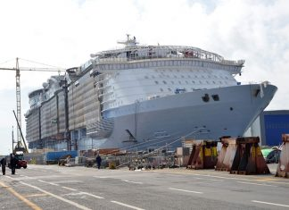 Symphony of the Seas Construction
