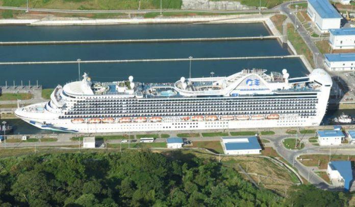 Caribbean Princess, Panama Canal