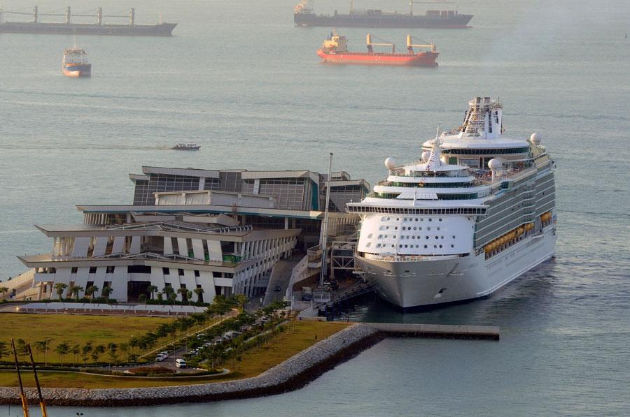 Mariner of the Seas in Singapore