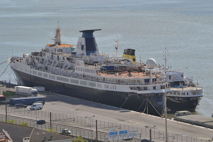 Classic Cruise Ship