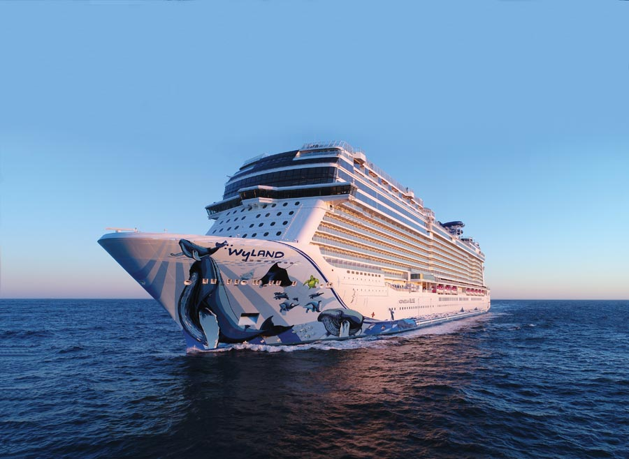 Reasons to Cruise on Norwegian Bliss