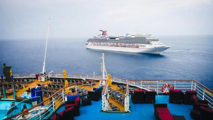 Carnival Splendor at Sea