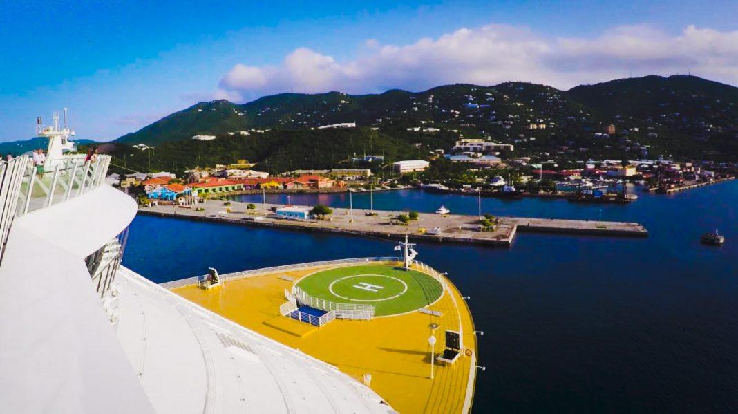 Oasis of the Seas Navigates in St. Thomas