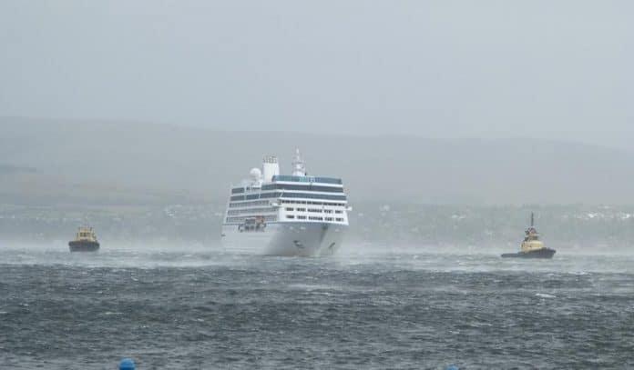 Luxury Cruise Ship Breaks From Moorings