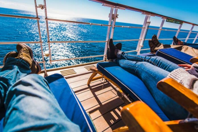 Cruise Outfit Ideas for Your Vacation at Sea