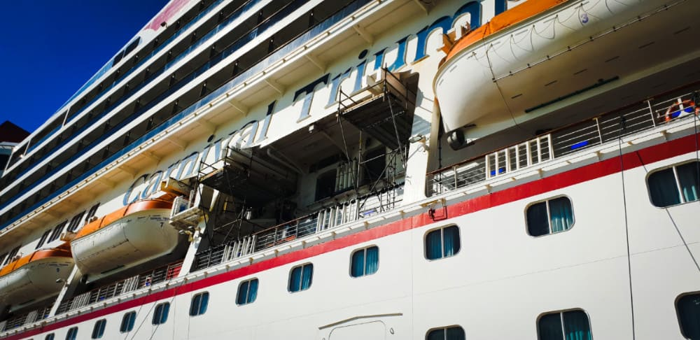 Cruises From Miami >> Fire Breaks Out During Carnival Cruise Ship Dry Dock
