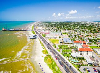 Galveston Hotels on Seawall for Cruise Passengers