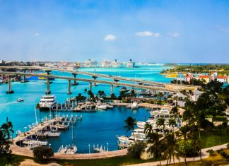 Best Beaches in Nassau, Bahamas