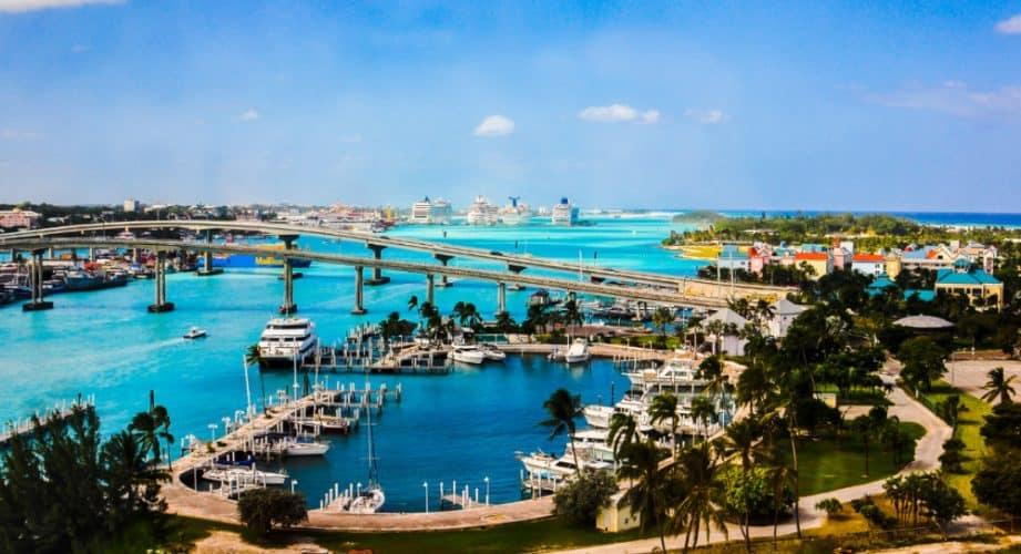 Best Beaches in Nassau, Bahamas