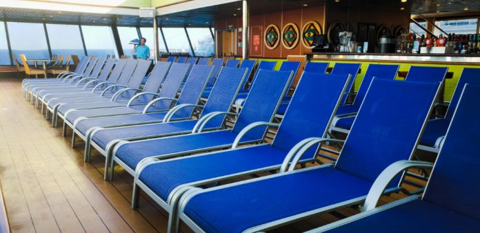 Carnival Drinks Package Can Benefit Your Cruise