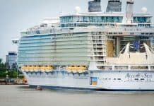 Allure of the Seas in Port