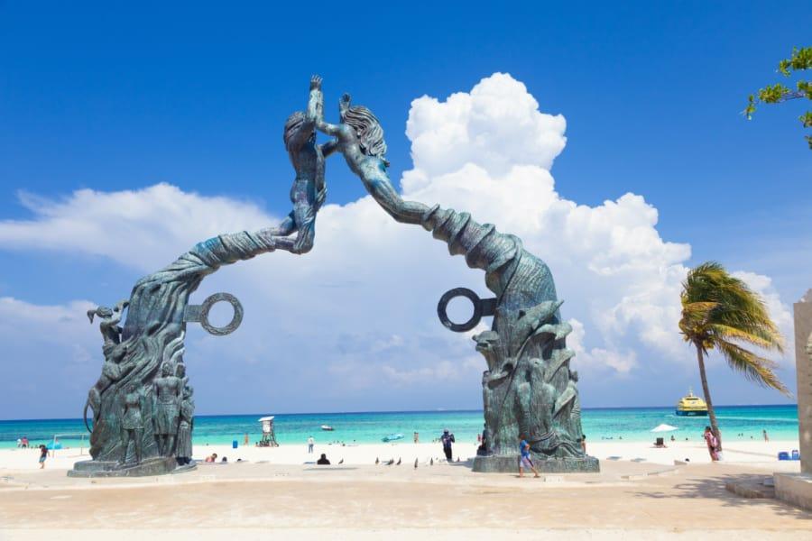 Portal Maya monument
