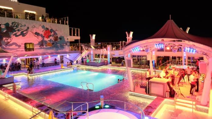 Genting Dream Pool