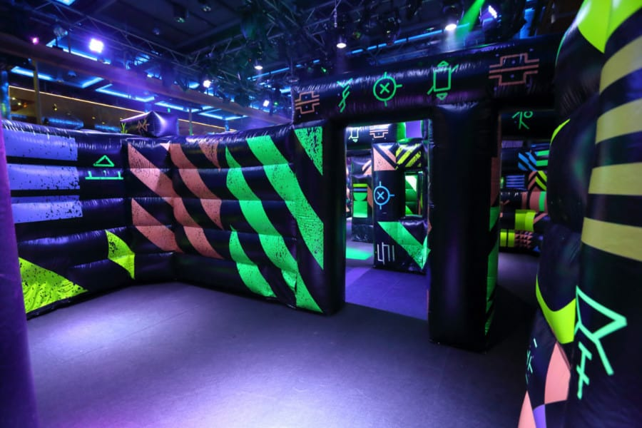 Royal Caribbean's Mariner of the Seas Laser Tag