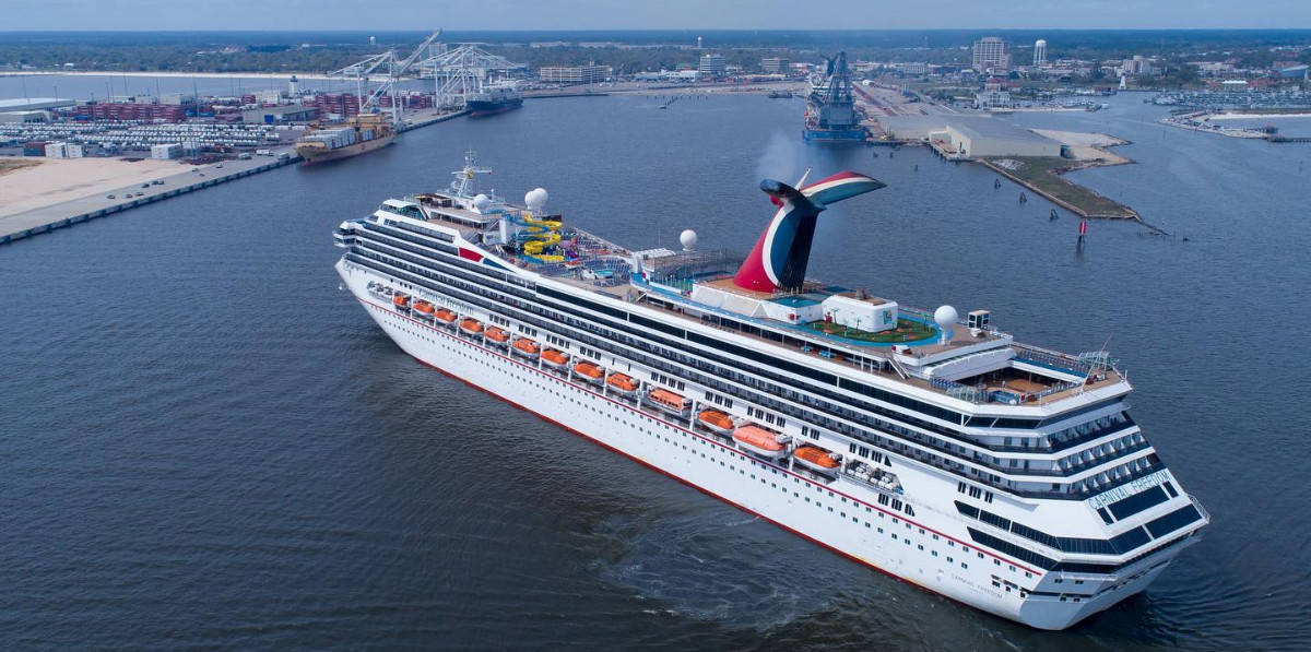 Carnival Cruise Ship in Port of Gulfport