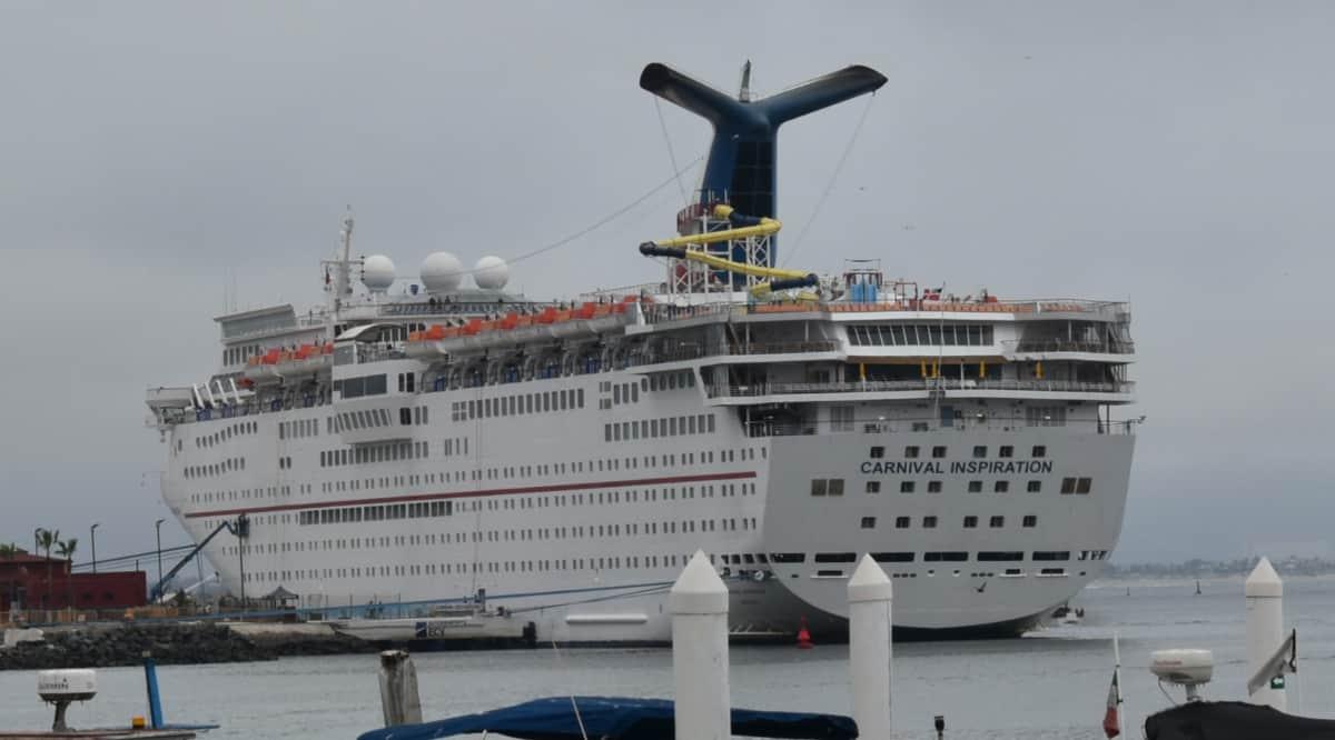 www.cruisehive.com