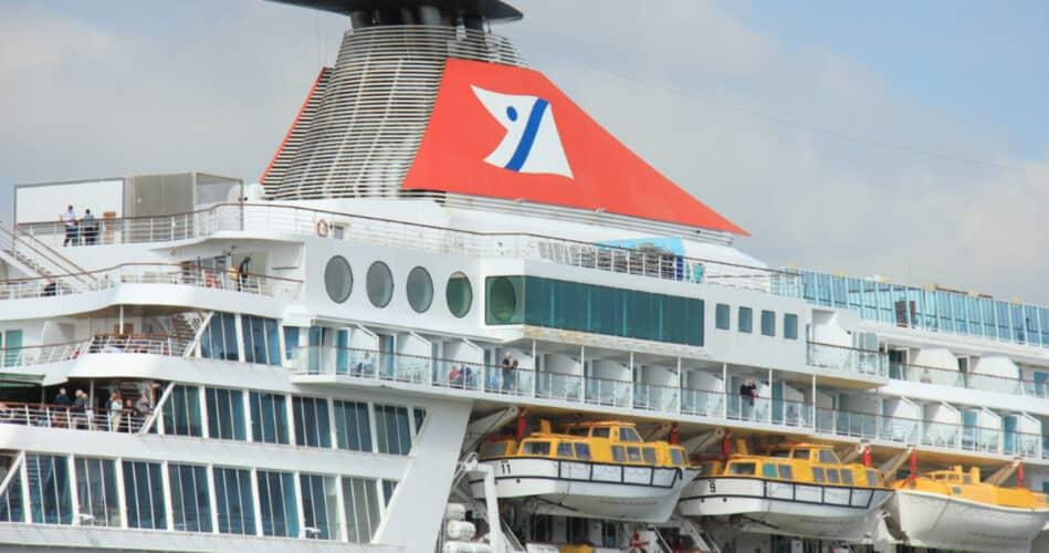 Fred Olsen Cruise Ship Funnel