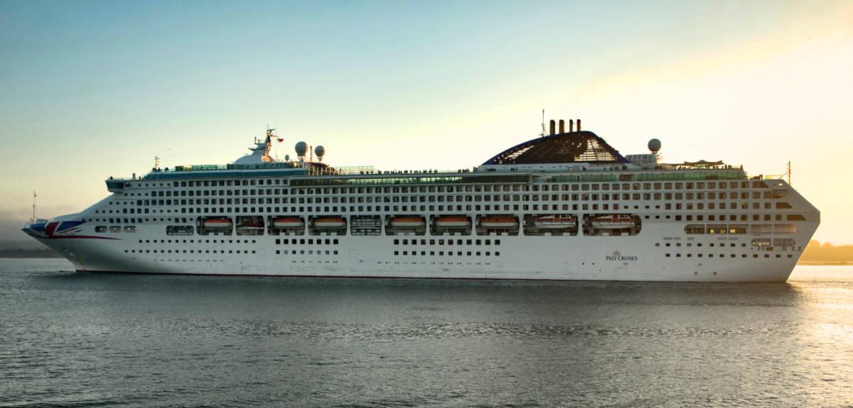 P&O Oceana Cruise Ship