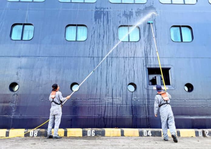Cruise Ship Petri Dish