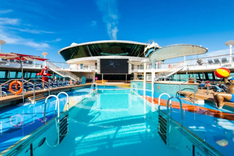 Jewel of the Seas Open Deck and Pool