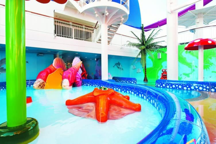 Kid's Aqua park - Deck 15 Norwegian Epic